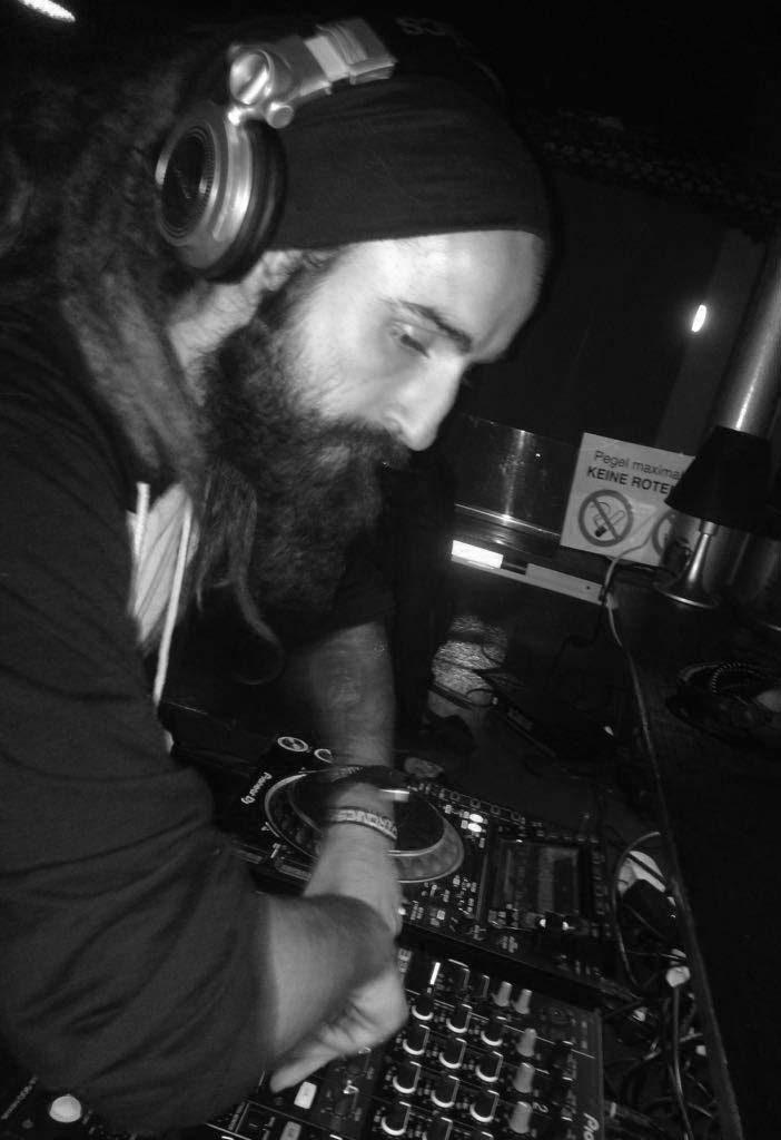 Hybrid-Terra-DJ