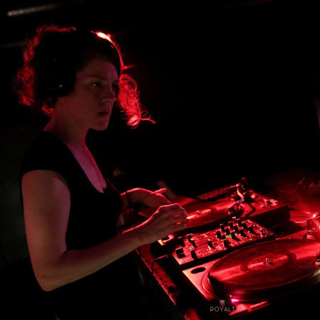 DJ_Bumblebee-Klub