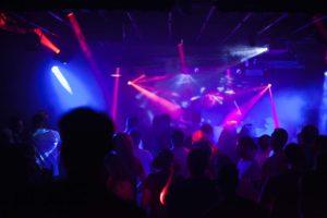 Massive-Drum-and-Bass-Klub-Blau