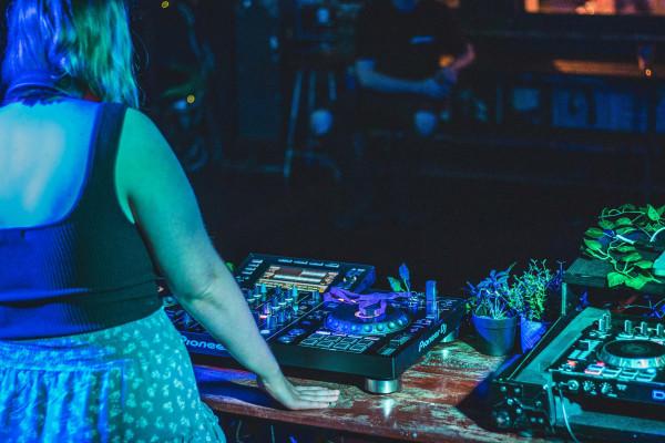 frauen-in-der-dj-kultur-ronja